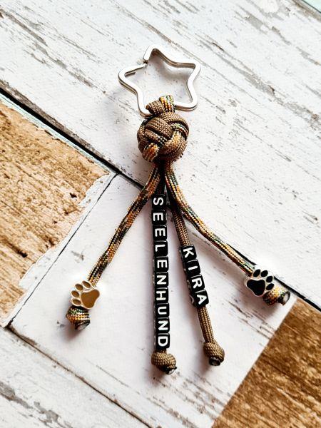 Schlüsselanhänger mit Namen und Pfötchen