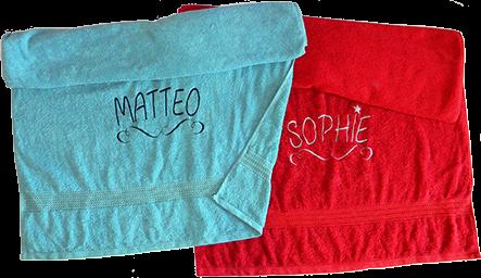 Handtuch mit Namen in versch. Größen und Farben